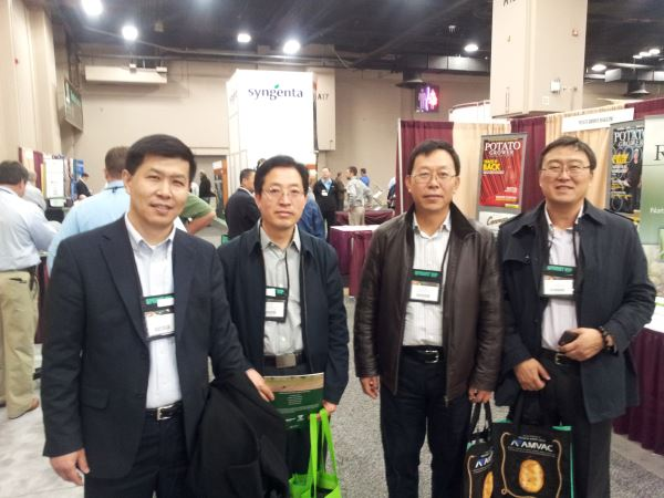 Frank Yan led a group of growers from Minfeng Potato Company in Inner Mongolia to San Antonio.
