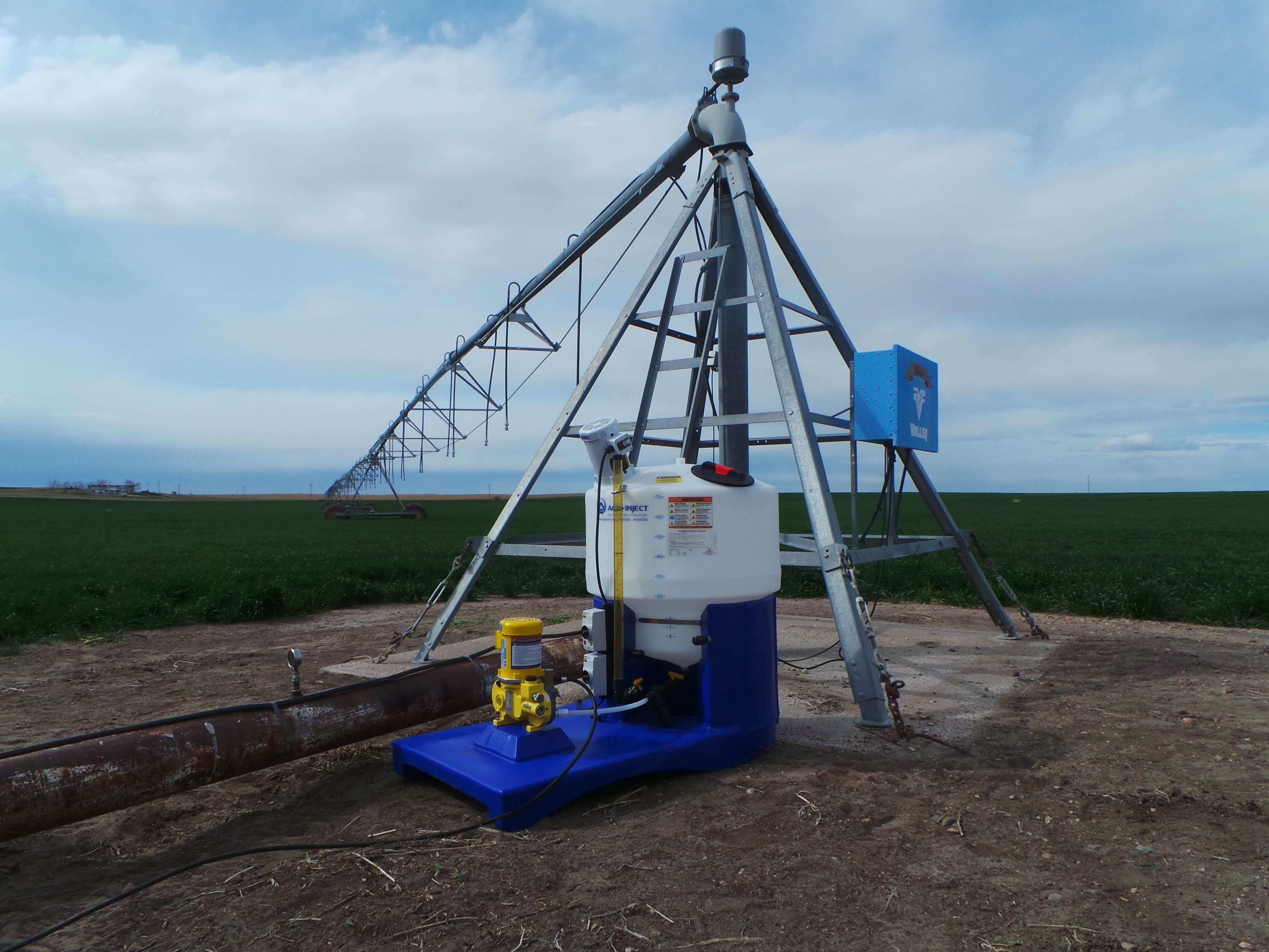 Irrigator intimidating